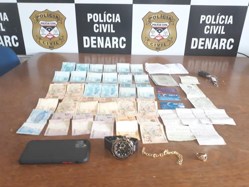 Dinheiro apreendido com traficante nesta terça-feira em Porto Velho — Foto: Polícia Civil/Reprodução