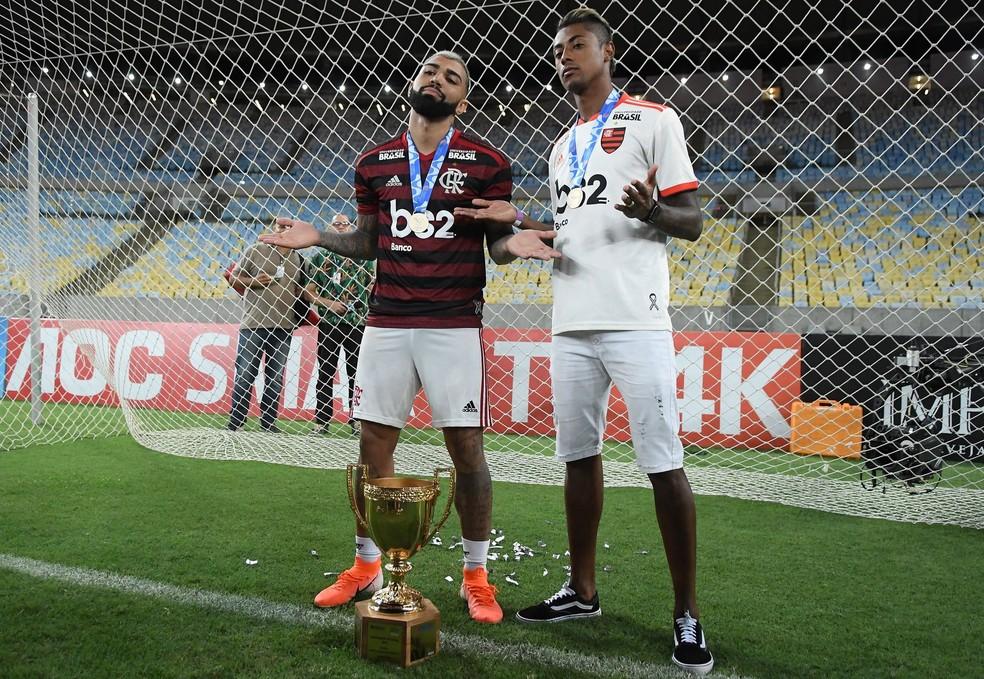 Ao lado de Gabigol, Bruno Henrique foi destaque na conquista do Carioca — Foto: André Durão