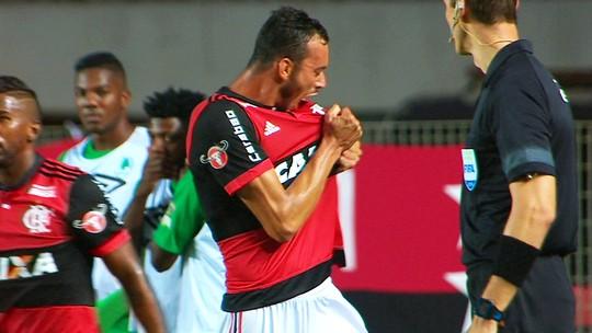 """Allax exime Kadu Fernandes após falha e afirma: """"A derrota faz parte do jogo"""""""