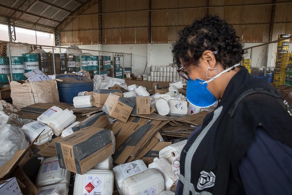 Agrotóxico irregular foi apreendido durante ação no oeste da Bahia — Foto: Divulgação