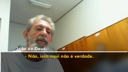 Gravação mostra João de Deus negando abusos, conhecer vítima e falsificar documento