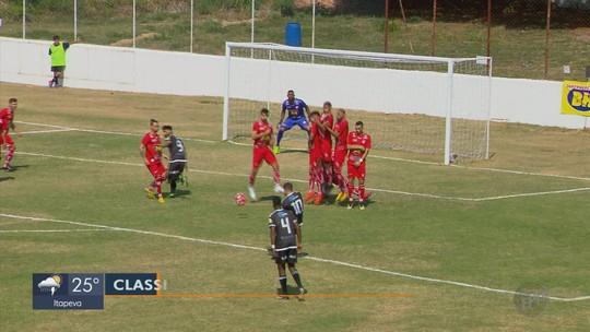 Figueirense vence o Atlético TC fora de casa e segue vivo por uma vaga na Segundona