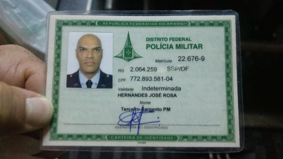 -  Identificação do sargento Hernandes José Rosa, morto em assalto a ônibus na BR-040  Foto: Arquivo pessoal