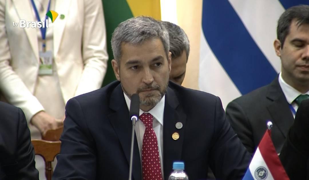 Mario Abdo Benítez discursa na cúpula do Mercosul