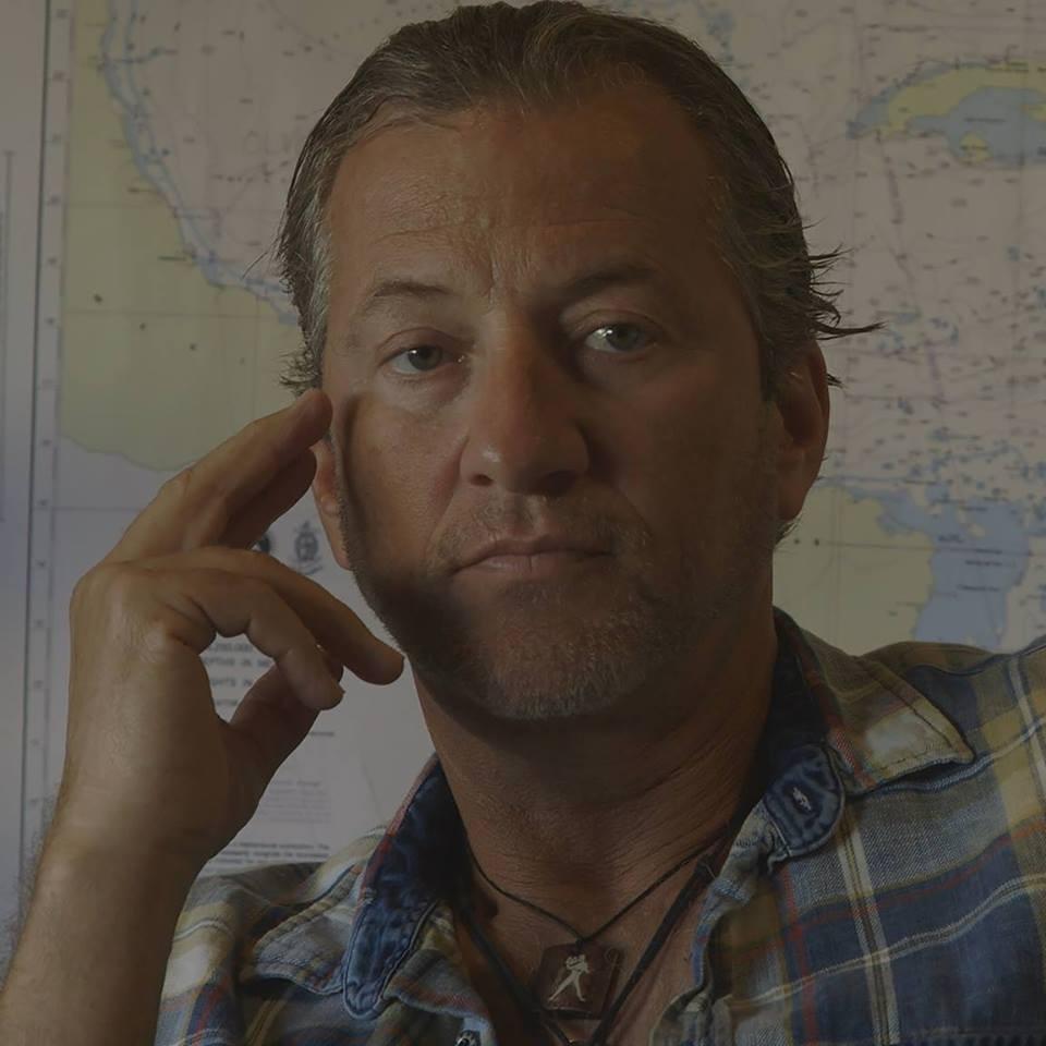 O apresentador de TV e caçador de relíquias Darrell Miklos (Foto: Facebook)