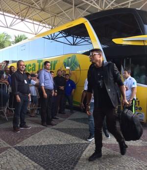 thiago silva brasil chegada natal seleção (Foto: Alexandre Lozetti)