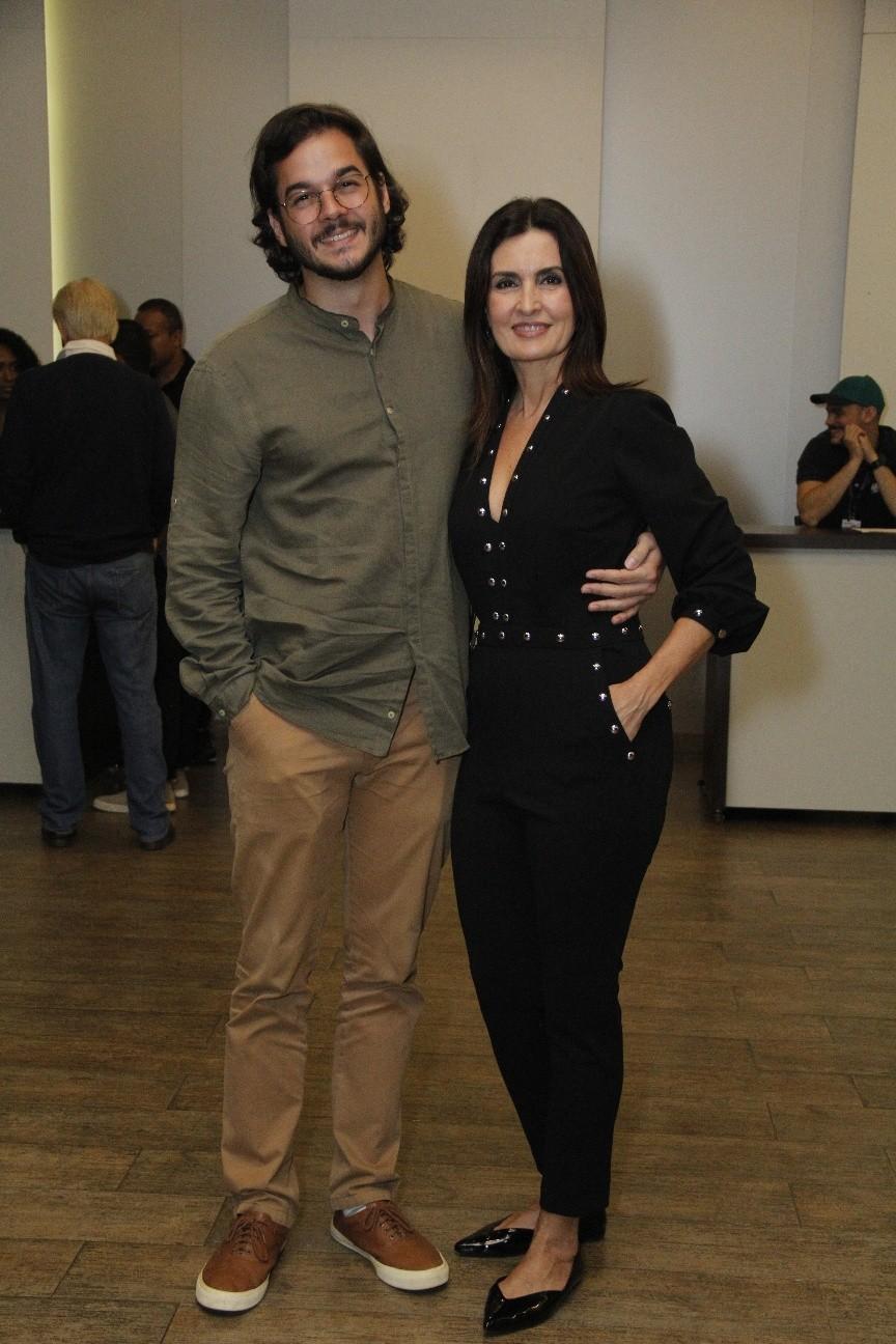 Fátima Bernardes e o namorado, Túlio Gadêlha (Foto: Wallace Barbosa/AgNews)