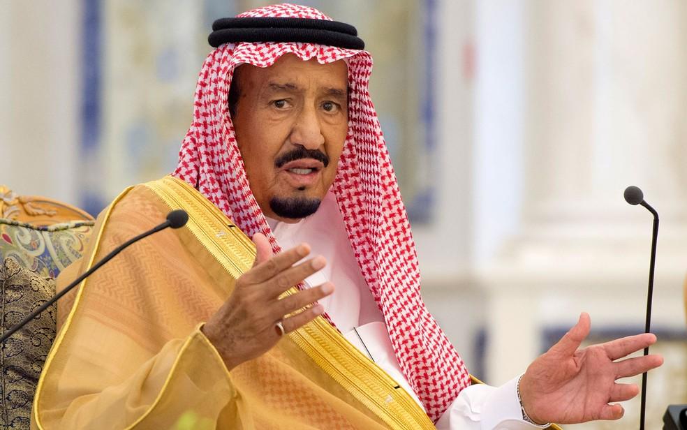 O rei da Arábia Saudita, Salman bin Abdulaziz Al Saud, em foto de 2017 — Foto: Bandar Al-Jaloud / Saudi Royal Palace / AFP