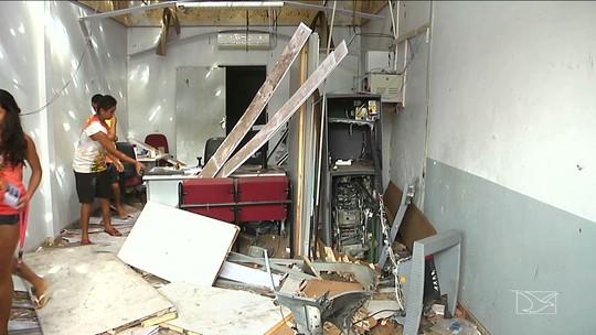 Bandidos explodem agência bancária em São Luís Gonzaga do Maranhão