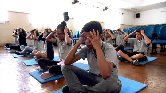 Meditação e inteligência emocional são temas de curso gratuito na Biblioteca Pública de Brasília