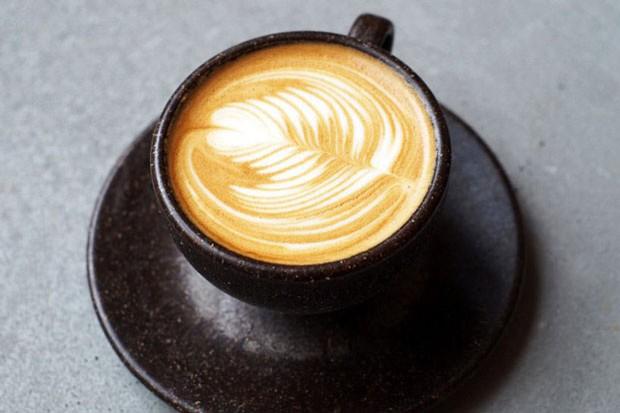Essa xícara é feita com pó de café (Foto: divulgação)