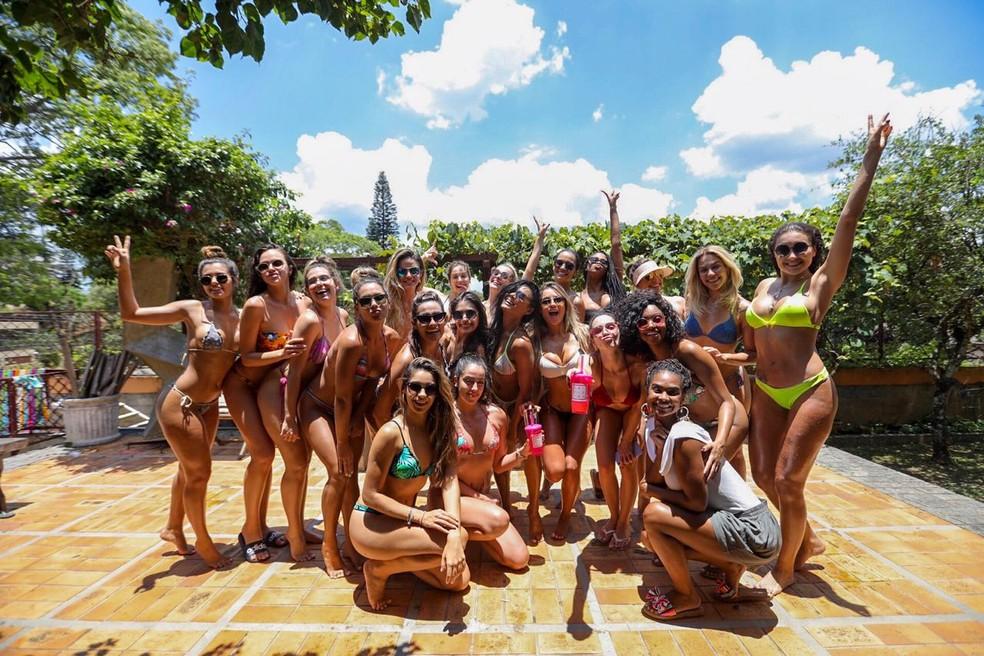 As meninas curtem sábado de sol — Foto: Eder Ortega/Divulgação
