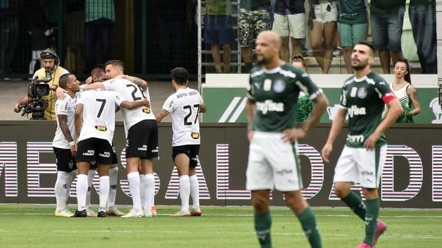 Nathan comemora o gol do Atletico-MG contra o Palmeiras