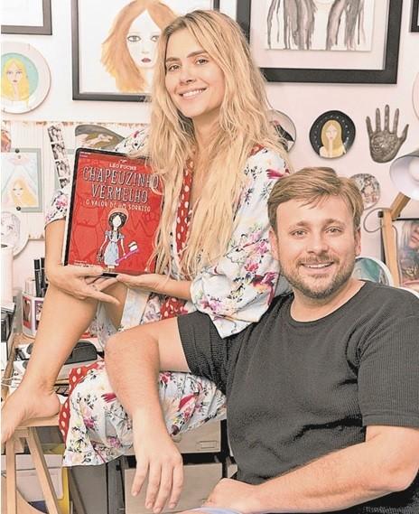 Carolina Dieckmann e Léo Fuchs (Foto: Elvis Monteiro)