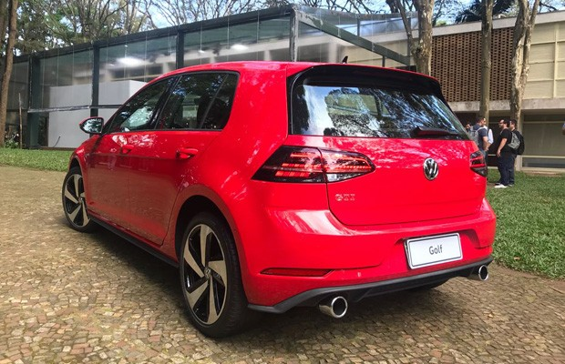 Volkswagen lança Golf reestilizado no Brasil (Foto: Michelle Ferreira)