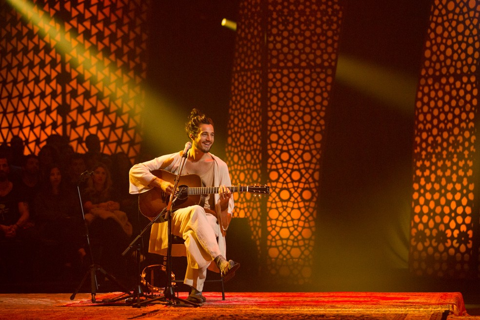 Tiago Iorc na gravação do álbum 'Acústico MTV', programado para ser lançado em 20 de setembro — Foto: Marcos Hermes / Divulgação