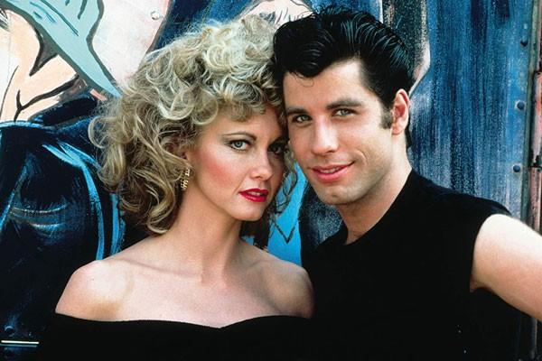 John Travolta and Olivia Newton-John em 'Grease - Nos Tempos da Brilhantina' (1978) (Foto: Divulgação)