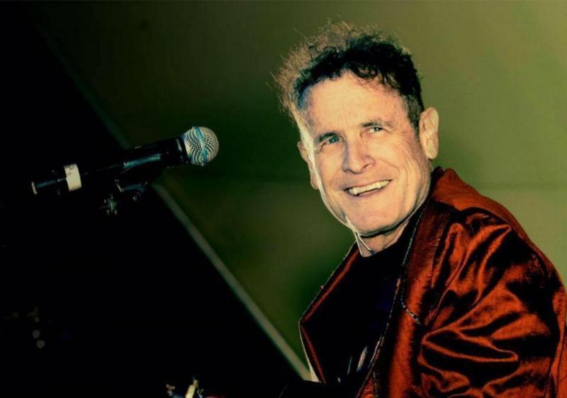 Johnny Clegg, músico sul-africano, morre aos 66 anos - Notícias - Plantão Diário