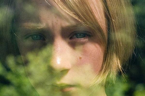 Saoirse Ronan em 'Desejo e Reparação' (Foto: Reprodução)