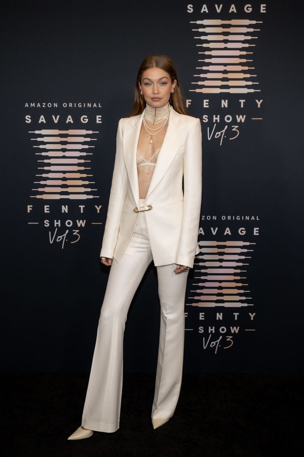 LOS ANGELES, CALIFORNIA - SEPTEMBER 22: In this image released on September 22, Gigi Hadid attends Rihanna's Savage X Fenty Show Vol. 3 presented by Amazon Prime Video at The Westin Bonaventure Hotel & Suites in Los Angeles, California; and broadcast on S (Foto: Getty Images for Rihanna's Savag)