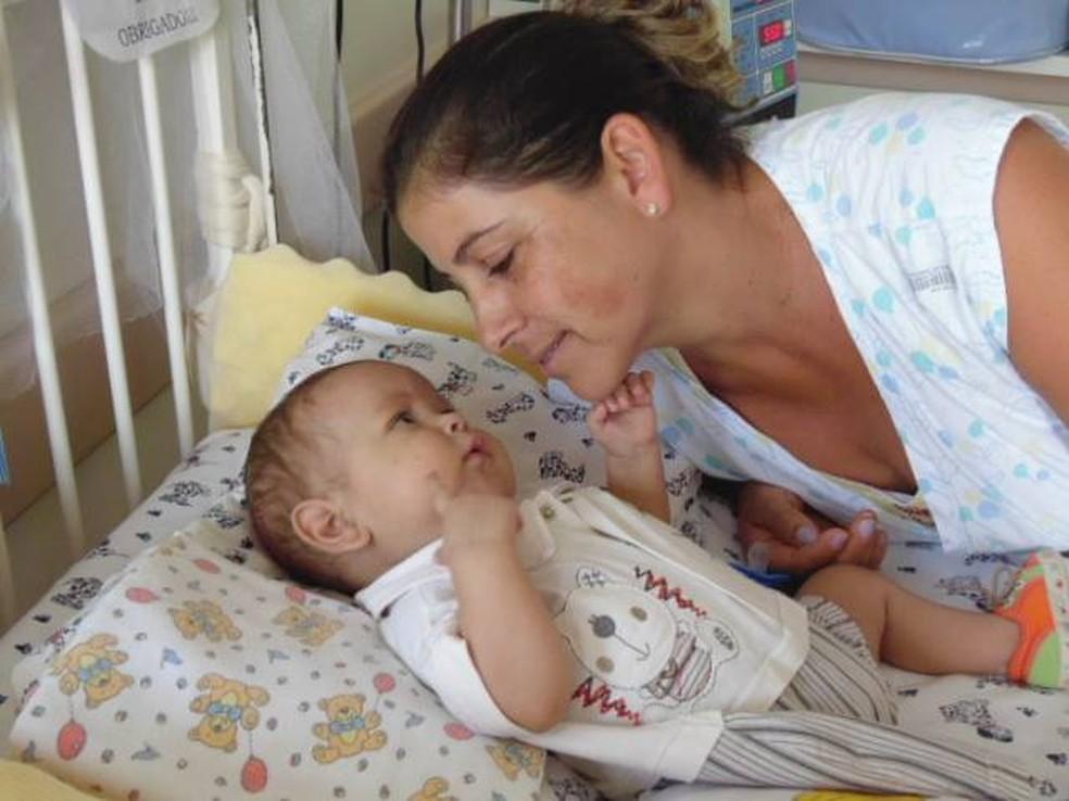 David Miguel, de 7 meses, precisa de transplante para tratar doença rara — Foto: Dinea Gama/Arquivo Pessoal