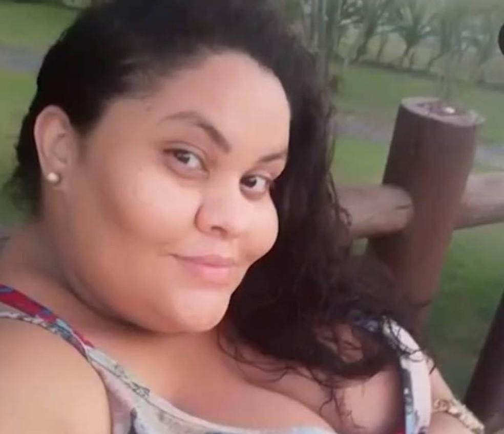 Thyarê Araújo, de 33 anos, morreu por complicações da Covid-19 no interior da BA — Foto: Reprodução/TV Santa Cruz