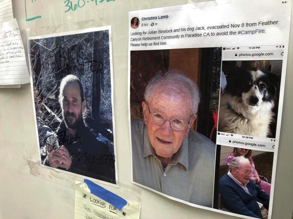 Igreja de Chico, na Califórnia, tem mensagens de familiares em busca de desaparecidos pelos incêndios — Foto: Gillian Flaccus/AP Photo