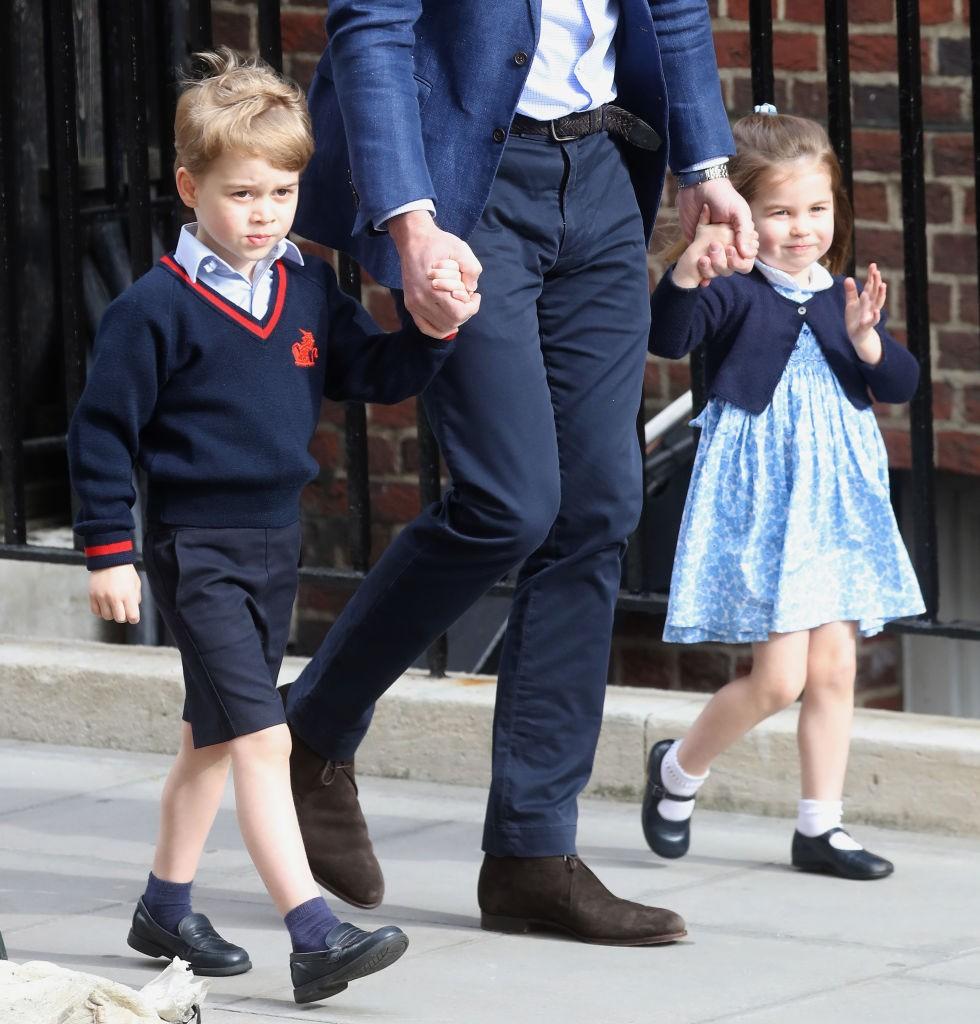 George e Charlotte visitam irmão na maternidade (Foto: Chris Jackson/Getty Images)