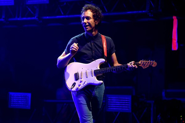 O guitarrista do Strokes, Albert Hammond Jr. (Foto: Getty Images)