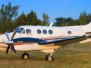 Modelo Hawker Beechcraft King Air C90, semelhante ao que sofreu a queda em Paraty (Foto: Divulgação/Beechcraft)