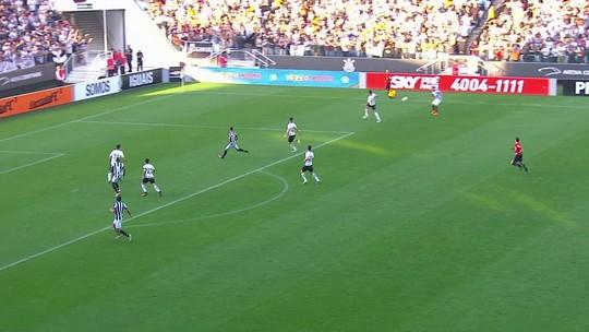 Há 10 meses sem jogar, Leandrinho ganha moral e surge como opção para o Botafogo