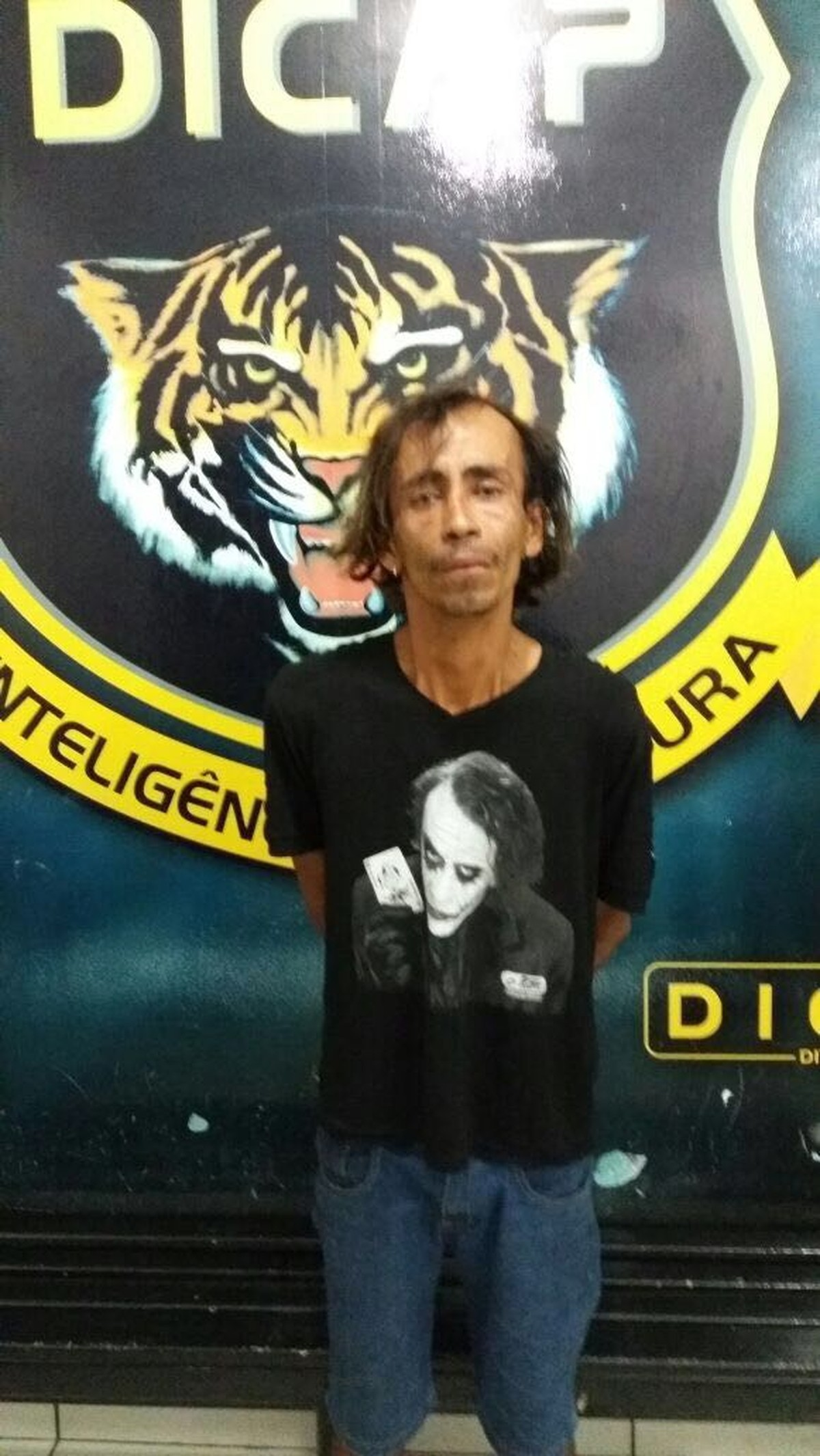 Albergado condenado por tráfico de drogas e furto é preso com trouxinhas de maconha em Boa Vista