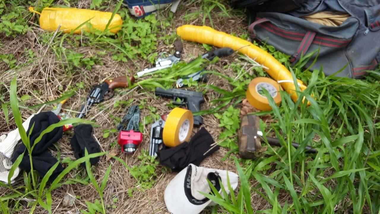 PM prende quadrilha suspeita de planejar ataques a caixas eletrônicos em Santa Juliana, MG
