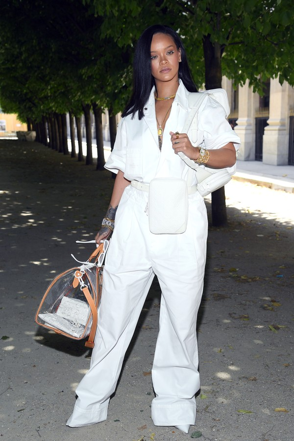 PARIS, FRANCE - JUNE 21:  Rihanna attends the Louis Vuitton Menswear Spring/Summer 2019 show as part of Paris Fashion Week on June 21, 2018 in Paris, France.  (Photo by Pascal Le Segretain/Getty Images) (Foto: Getty Images)