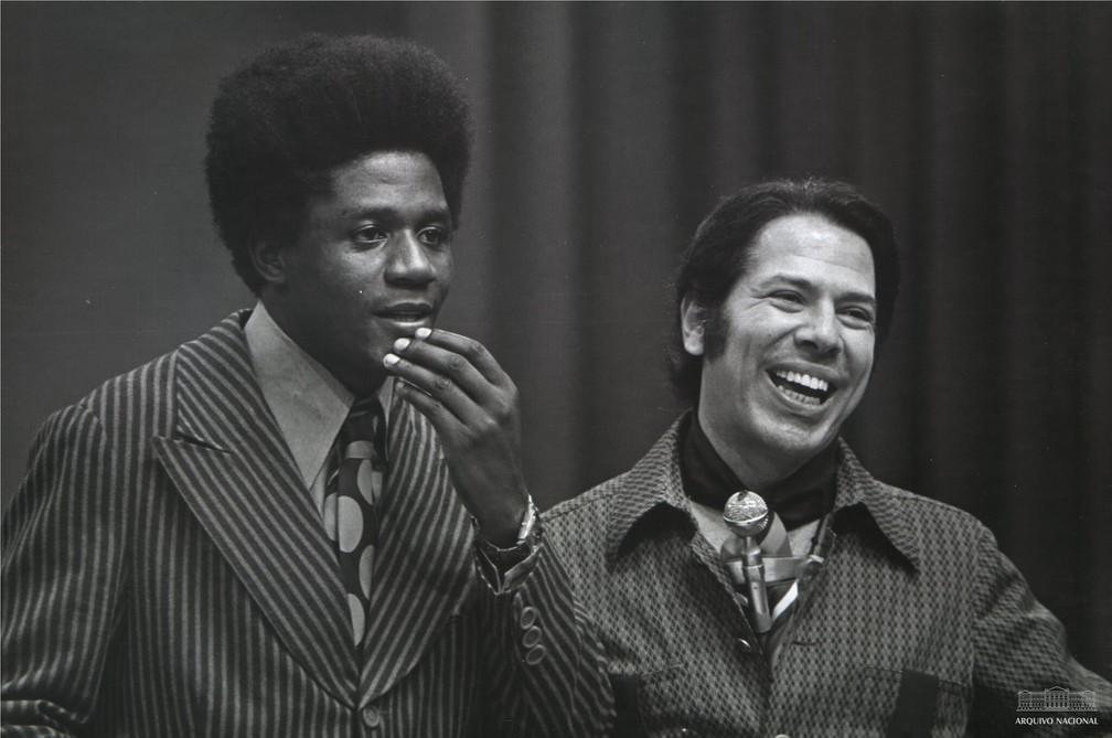 Tony Tornado e Silvio Santos — Foto: Arquivo Nacional