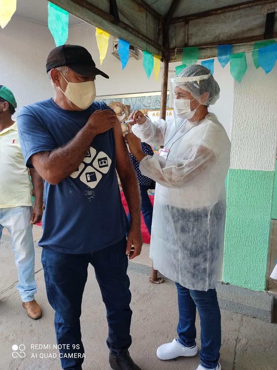Cristalândia amplia vacinação contra Covid para moradores de 50 a 54 anos sem comorbidades