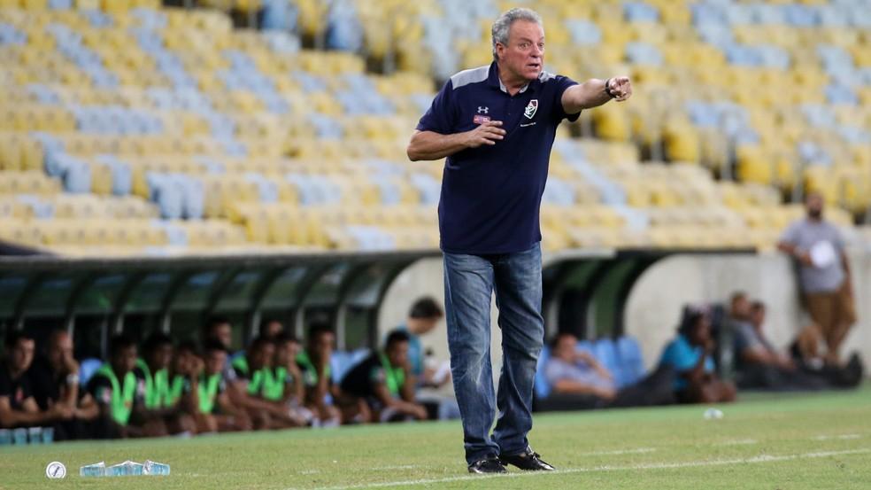 20c9c6bcd0 ... Abel Braga reconheceu que o Vasco foi melhor na partida — Foto  LUCAS  MERÇON