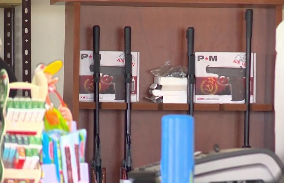 Falta de fiscalização facilita a entrada de armas pela fronteira do RS (Foto: Reprodução/RBS TV)