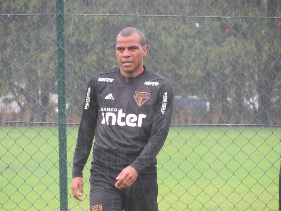 Régis foi desligado recentemente do São Paulo — Foto: Leandro Canônico