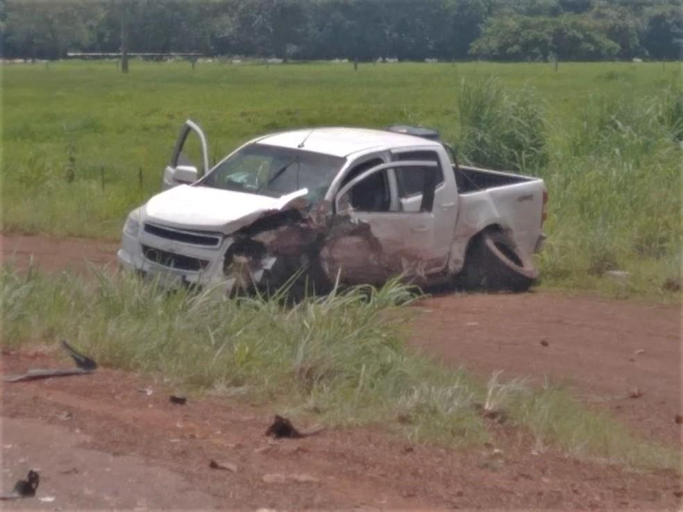 O outro condutor teve um ferimento no braço — Foto: Corpo de Bombeiros/Divulgação