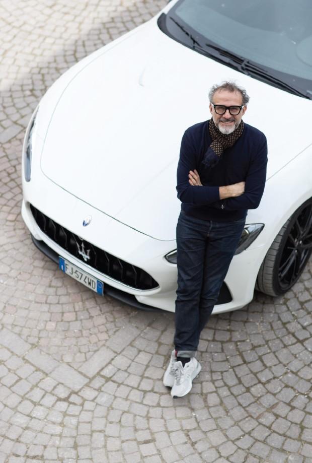 Living: Bottura e sua Maserati (Foto: Filipo Bamberghi)