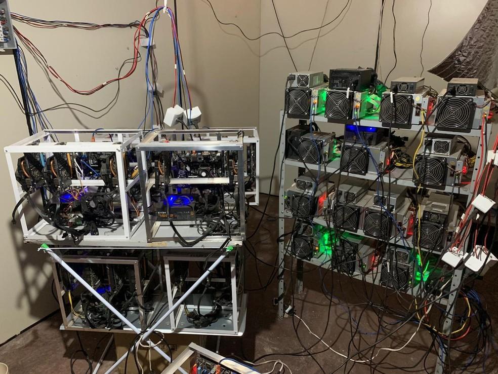 Laboratório é formado por estrutura de refrigeração e equipamentos de última geração, usado para gerar bitcoins em Porto Alegre — Foto: Divulgação/Polícia Civil