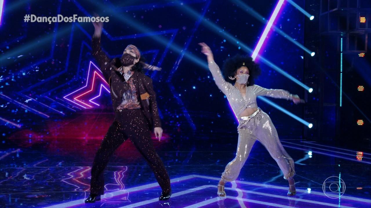 André Gonçalves e Paula Santos dançam Le Freak