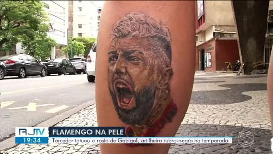 """Torcedor tatua rosto de Gabigol dias antes da final e crava: """"Melhor fim de semana da minha vida"""""""