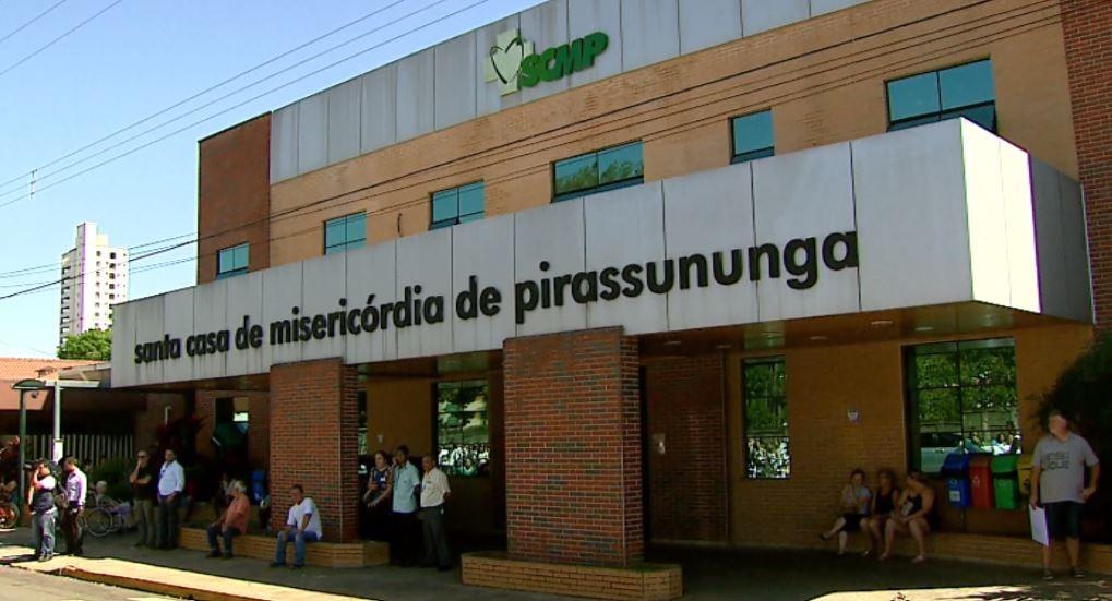 Acidente em Pirassununga deixa motorista gravemente ferido na Rodovia Anhanguera