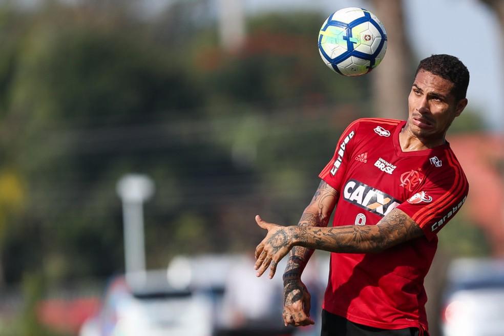 ... Contrato de Guerrero com o Flamengo encerra no dia 10 — Foto  Gilvan de  Souza 0750ed1d64cfe