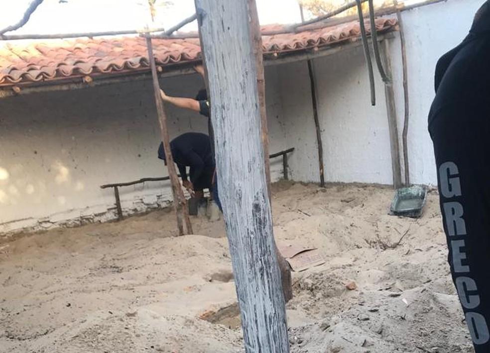 Polícia procura por dinheiro e drogas em residência em Luís Correia — Foto: Divulgação/Polícia Civil