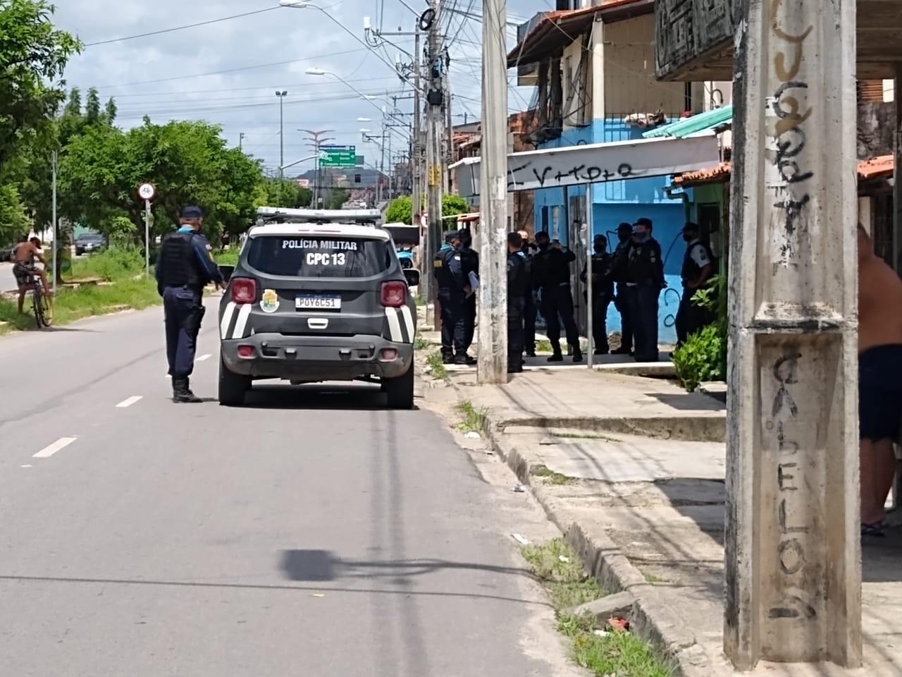 Mais duas pessoas são presas pela chacina no Barroso, em Fortaleza
