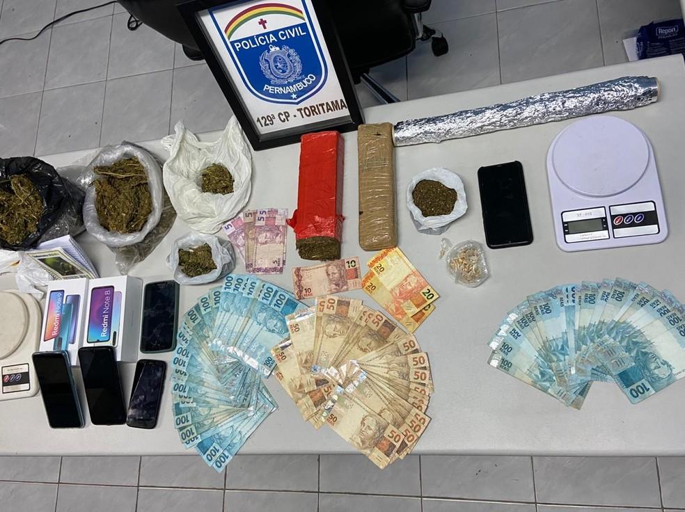 Material apreendido durante operação — Foto: Polícia Civil/Divulgação
