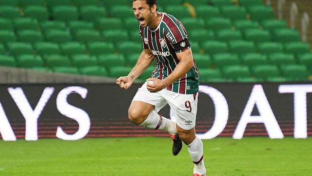 Fred comemora gol sobre o Cerro Porteño
